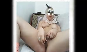 hijab girl faps on web cam