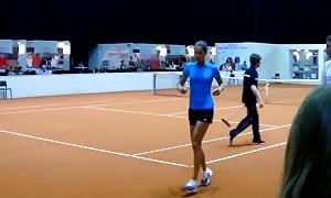 Smiling Ana Ivanovic training session