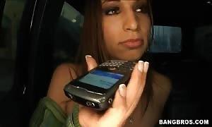 Amber Rayne,  Britney Stevens tempt  Roma