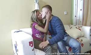 informal youngster Sex - Cunnilingus from a stranger