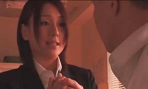 lovely oriental supervisor sucking penis in the movie by chinese XXX women