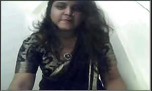 Gujrati woman Nadia exposing