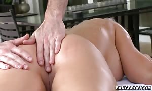 Deadra Dee relaxing on the table, worth to see her stripped g-spot