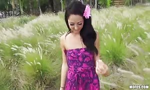 dark haired bombshell is deepthroating in the flick clamp by I Know That female