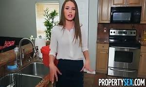 PropertySex - little rental agent fucks handyman's huge schlong