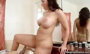 Kelly Divine gets anus drilled by Mr. Peter