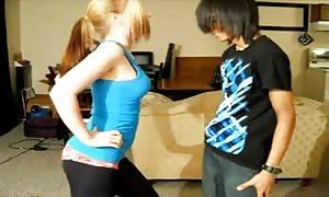 Ballbusting - teen ferociously Knees Balls!